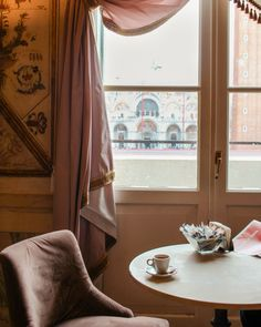 Venice in the winter- Museum Correr Cafe Venice In Winter, Greek Cruise, Venice Travel Guide, Museum Cafe, Visit Venice, Best Of Italy, Living In Italy, European Destination, Weekend Trips