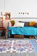 Plum & Bow Callin Daybed - Urban Outfitters