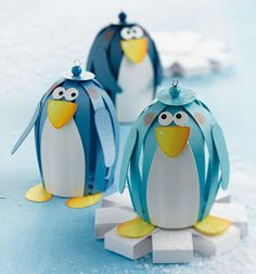 Paper Lantern Style Penguins Pix only Kids Crafts, Winter Crafts For Kids, Art For Kids, Arts And Crafts, 3d Paper Crafts, Paper Toys, Diy Paper, Winter Christmas, Kids Christmas