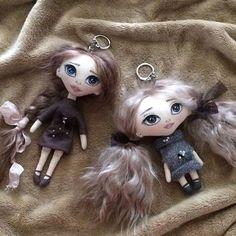 Два новых брелочка. Оба свободные)  #кукла #куклатекстильная #интерьернаякукла #куклаизткани #куклабрелок #ручнаяработа #handmade #doll
