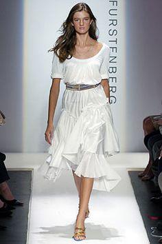 Diane von Furstenberg | Spring 2005 Ready-to-Wear Collection