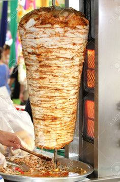 Chicken Doner Kebab - Google Search Turkish Recipes, Mexican Food Recipes, Ethnic Recipes, Turkish Doner, Doner Kebab Recipe Turkish, Chicken Doner, Doner Kebabs, Turkish Chicken, Turkish Sweets