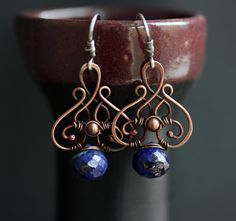 Several variations of this style of wire wrapped earring on the page - really nice!