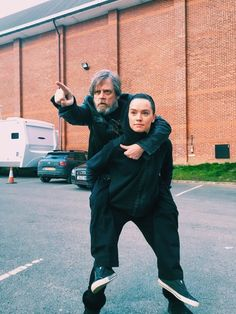 "And we will forever be thankful for Mark Hamill posing on top of Daisy Ridley, in tribute to Yoda and Luke's training montage from The Empire Strikes Back. | Seeing The ""Star Wars"" Cast Hanging Out In Real Life Is Super Weird"