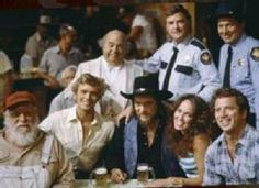 The cast of The Dukes of Hazzard and Waylon Jennings Iconic Movies, Great Movies, Denver Pyle, James Best, Dukes Of Hazard, John Schneider, Catherine Bach, 70s Tv Shows, Tv Show Casting