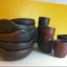 Librillos y vasos de greda. Pomaire, Chile .By me.