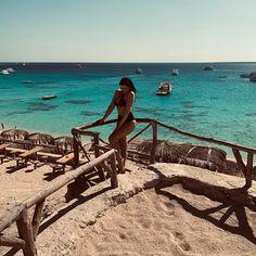 "Eliza on Instagram: ""#mahmya #mahmyaisland #island #egypt #hurghada #beautiful #view #winterholidays #brunette #goodday #boat #sea #redsea 🌴🌴"" Hurghada Egypt, Egypt Culture, Egypt Fashion, Visit Egypt, Red Sea, Travel Tours, Beach Holiday, Winter Holidays, Oh The Places You'll Go"