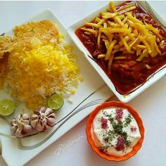 Persian food.خورشت قیمه Iran Food, Iranian Cuisine, Witch Wand, Persian Recipes, Persian Culture, Culinary Arts, Lunches And Dinners, Wine Recipes, Onions