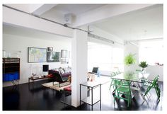 bright living/dining/ceiling