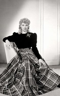 LUCILLE BALL, <3 THIS DRESS ON HER...