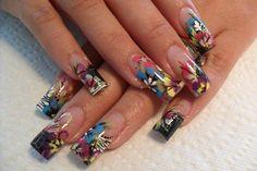 Zebra flower nail desing