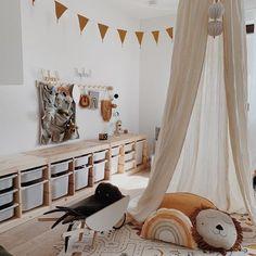 ideas for toddler girl Baby Girl Room Decor, Boy Room, Kids Room, Baby Decor, Toddler Play Area, Toddler Girl, Kids Corner, Nursery Neutral, Kid Spaces