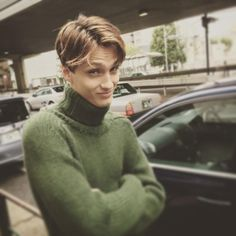 EMILくんも一年振り。イケてるストックホルマーです。次号はあったか特集もありますよー。 #mensfudge   #メンズファッジ   #fudge   #ファッジ   #knit   #ニット   #mensfudge_offshot   #メンズファッジオフショット   #emil   #stockholmer   #stockholm   #ストックホルム