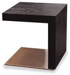 Minotti Toulouse Coffee Table - Modern - Coffee Tables - by Switch . Design Furniture, Home Decor Furniture, Table Furniture, Coffe Table, Modern Coffee Tables, Trunk Side Table, Side Tables Bedroom, Table For 12, Luxury Homes Interior
