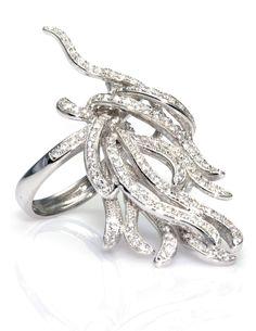 Un espectacular #anillo Llamas de #Fuego de #plata en baño de #rodio y #circonitas, que no dejará a nadie indiferente. ¡Póntelo y deslumbra! De www.ekleipsis.com