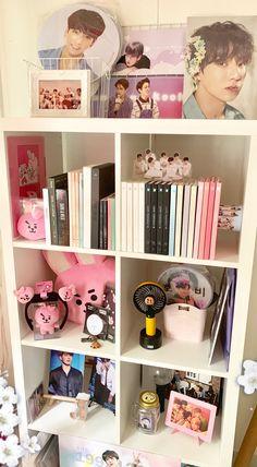 Creating an Army Bedroom Cute Room Decor, Army Room Decor, Bedroom Decor, Ideas Decorar Habitacion, Army Bedroom, Kpop Diy, Kawaii Room, Bts Merch, Bts Wallpaper