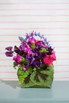 Blog of Mayesh Wholesale Florist - Francoise Weeks Workshop: Floral Purses / Photography: Wheeland Photography / Design: Designs by Tricia