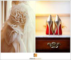 Sparkly Champagne Shoe Clips. Big Day Stylish by sofisticata, Custom made colors! http://sofisticata.etsy.com