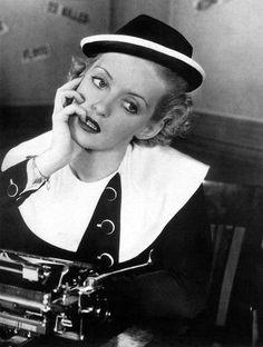 Bette Davis 1935