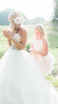 Emily Maynard's wedding {flowers in her hair}