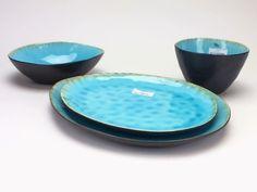 borden cosy en trendy - Google zoeken Van Kitchen, Cosy, Serving Bowls, Sweet Home, Home And Garden, Pottery, Plates, Tableware, Google