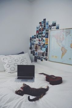 I just want to redecorate my whole room..:((( my style has changed so much over the past few years. Like oh my goodness... Thank God for Pinterest/Tumblr