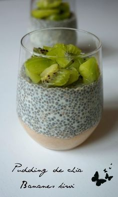Pudding de chia Today a recipe simple, fast, customizable to the infinite, healthy, greedy …. I present you the chia pudding! Healthy Vegetable Recipes, Raw Food Recipes, Keto Recipes, Vegetarian Recipes, Chia Pudding, Raw Food List, Weight Watchers Puddings, List Of Veggies, Nutella