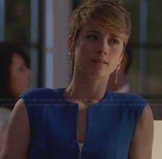 Margaux's blue zip front dress on Revenge.  Outfit Details: http://wornontv.net/28291/ #Revenge