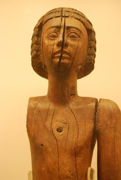 Close-up of the wooden statuette of a courtier. Intended for the deceased´s Ka-spirit. Old Kingdom. Ξ205.  Egyptian Collection in Athens