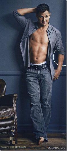 George Eads [the reason i still watch CSI: Las Vegas] Jensen Ackles, George Eads, Raining Men, Shows, Portraits, Attractive Men, My Guy, Good Looking Men, Gorgeous Men