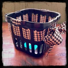very smart idea. spices up a simple basket, could be used as a housewarming gift or for a first time college student