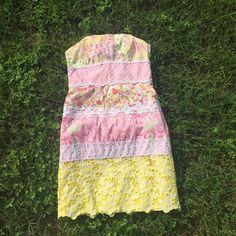 {Lily Pulitzer Dress} Love!!! So so pretty and fun! In great condition besides some slight discoloration at the top (pony and pink polka dot fabric), but it's hard to see especially when it's on. Pictured as well as I could. Fits true to size Lilly Pulitzer Dresses
