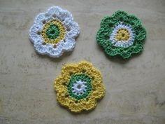 3 Häkelblumen Retro-Stil ☼ gehäkelt ☼ ca. 8,0 cm aus Baumwolle Deko/Untersetzer | eBay