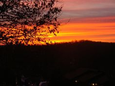 A stunning Cape Girardeau winter time sunset, submitted to the Southeast Missourian by Reg Swan.