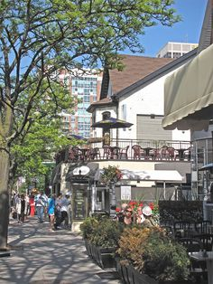 Saturday afternoon in Yorkville, Toronto.