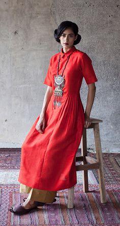 Ethnic Dress, Indian Ethnic Wear, Pakistani Outfits, Indian Outfits, Indian Designer Outfits, Designer Dresses, Ethnic Fashion, Indian Fashion, Funky Dresses