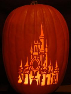 Cinderella Castle Pumpkin 2006 by Wolfiesden.deviantart.com