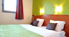P'tit Dej-Hotel Nantes Est Carquefou Situated 7 km outside of Nantes, the P'tit Dej-Hotel Nantes Est is located close to both the Erdre River and the River Loire. It is only 400 metres from Nantes' ring road and a 9-minute drive from Parc des Expositions de la Beaujoire.