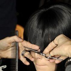 Come tagliare la frangia da sole