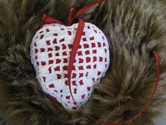 Coração com interior de algodão e alecrim