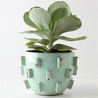 Guh. Love this planter.
