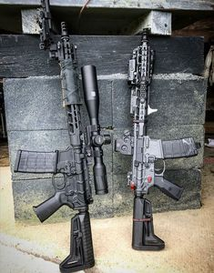 Military Weapons, Weapons Guns, Guns And Ammo, Military Army, Tactical Rifles, Firearms, Tactical Survival, Ar Rifle, Ar 15 Builds