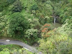Puohokamoa Falls by Go Visit Hawaii, via Flickr