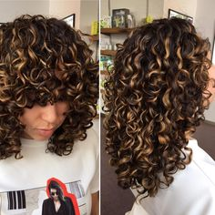 Curls в 2019 г. curly balayage hair, curly hair styles и colored cu Curly Balayage Hair, Highlights Curly Hair, Blonde Highlights, Wavy Hair, Dyed Hair, Goal Highlights, Natural Highlights, Short Hair, Cabelo Inspo