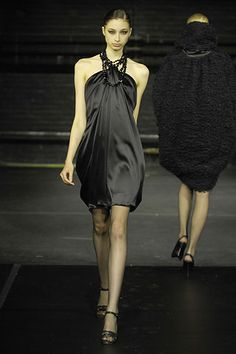 Douglas Hannant Fall 2008 Ready-to-Wear - Collection - Gallery - Style.com