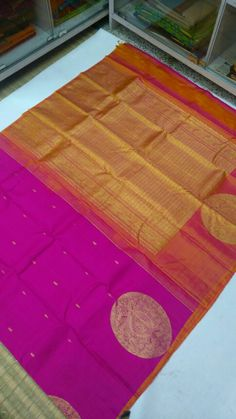 Pure Kanchipuram silk sarees with border putta design 9500+shipping  Order what's app 7093235052