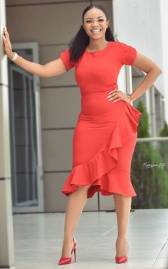 Office wear styles, Serwaa Amihere fashion styles 2019 Source by merlecarelse Dresses Office Dresses For Women, Office Outfits Women, Clothes For Women, Work Clothes, Latest African Fashion Dresses, African Dresses For Women, Classy Work Outfits, Classy Dress, Outfit Work