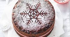 Good things take time, so get started on your Christmas cake now for a rich, moist fruitcake that's pure magic! Christmas Treats, Christmas Baking, Christmas Fruitcake, Christmas Christmas, Christmas Recipes, Best Fruitcake, Golden Syrup, Fresh Seafood, Round Cake Pans