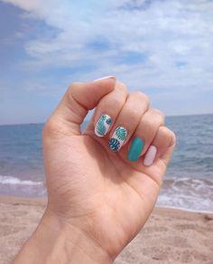 nails beach palm tree leaves sea sun sand