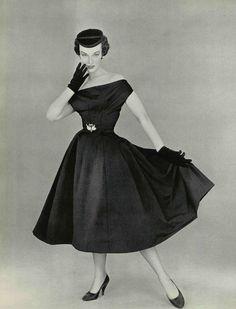 L'officiel de la mode 1953 Cocktail Dress Christian Dior